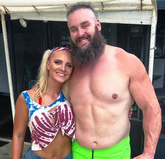 Braun-Strowman-with-his-girlfriend