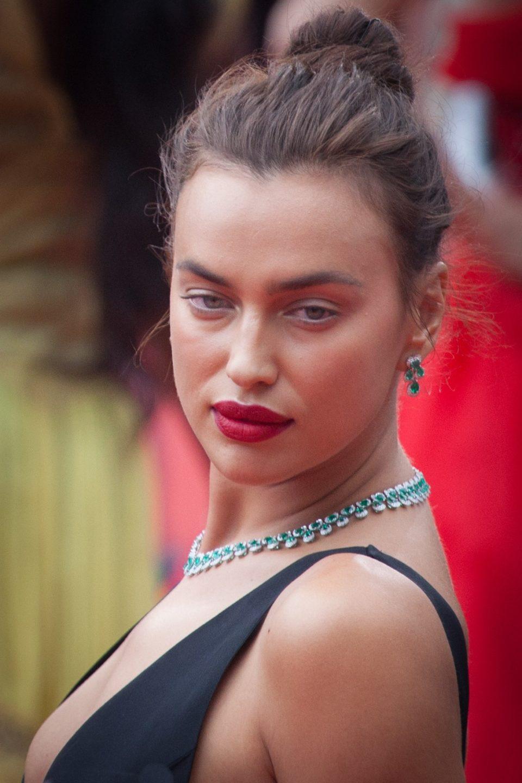 Irina Shayk Bio